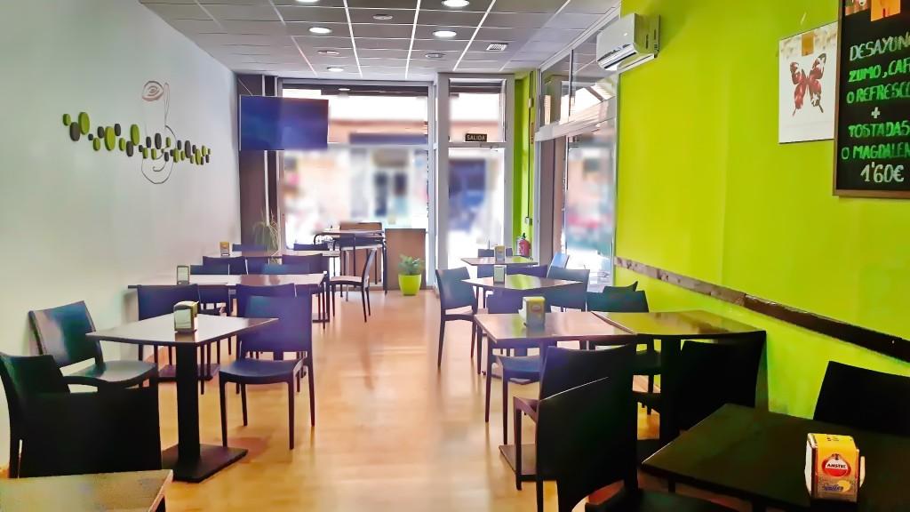 Cafetería restaurante. Zona Carteros.